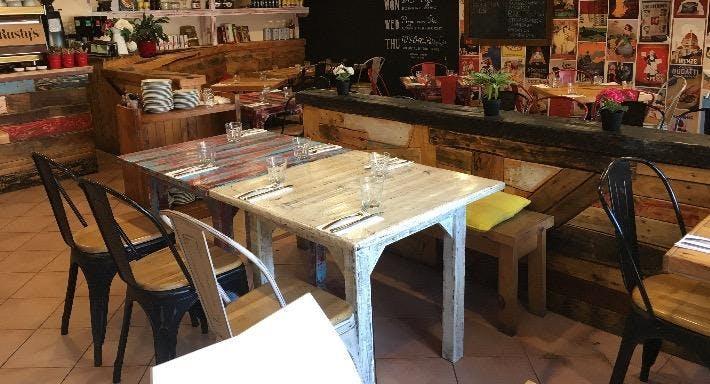 Sale Pepe Pizzeria - Brookvale Sydney image 3