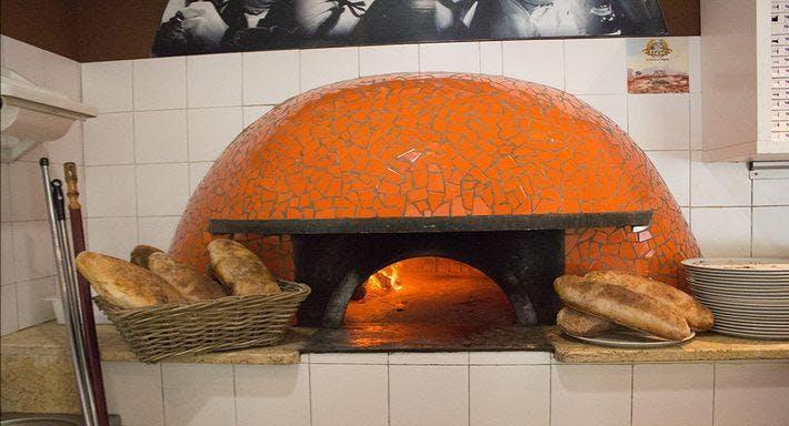 O' Sole 'e Napule - via Olevano Romano Roma image 2