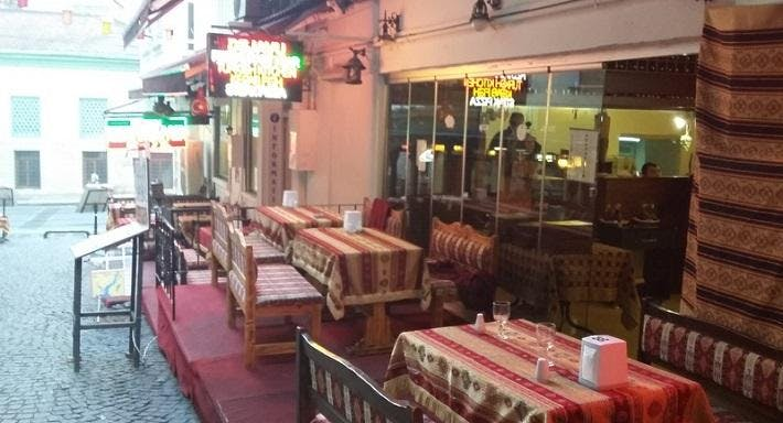 Dejavu Restaurant & Bar