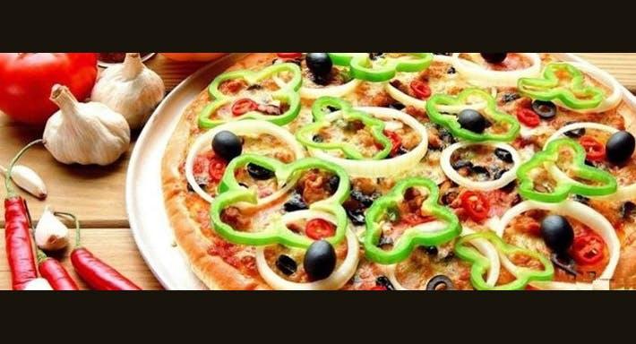 Vic's Pizzeria Sydney image 5