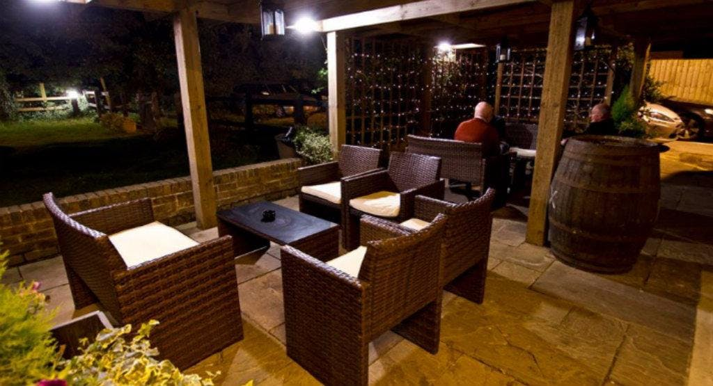 The Bull Hotel Restaurant & Bar Salisbury image 1