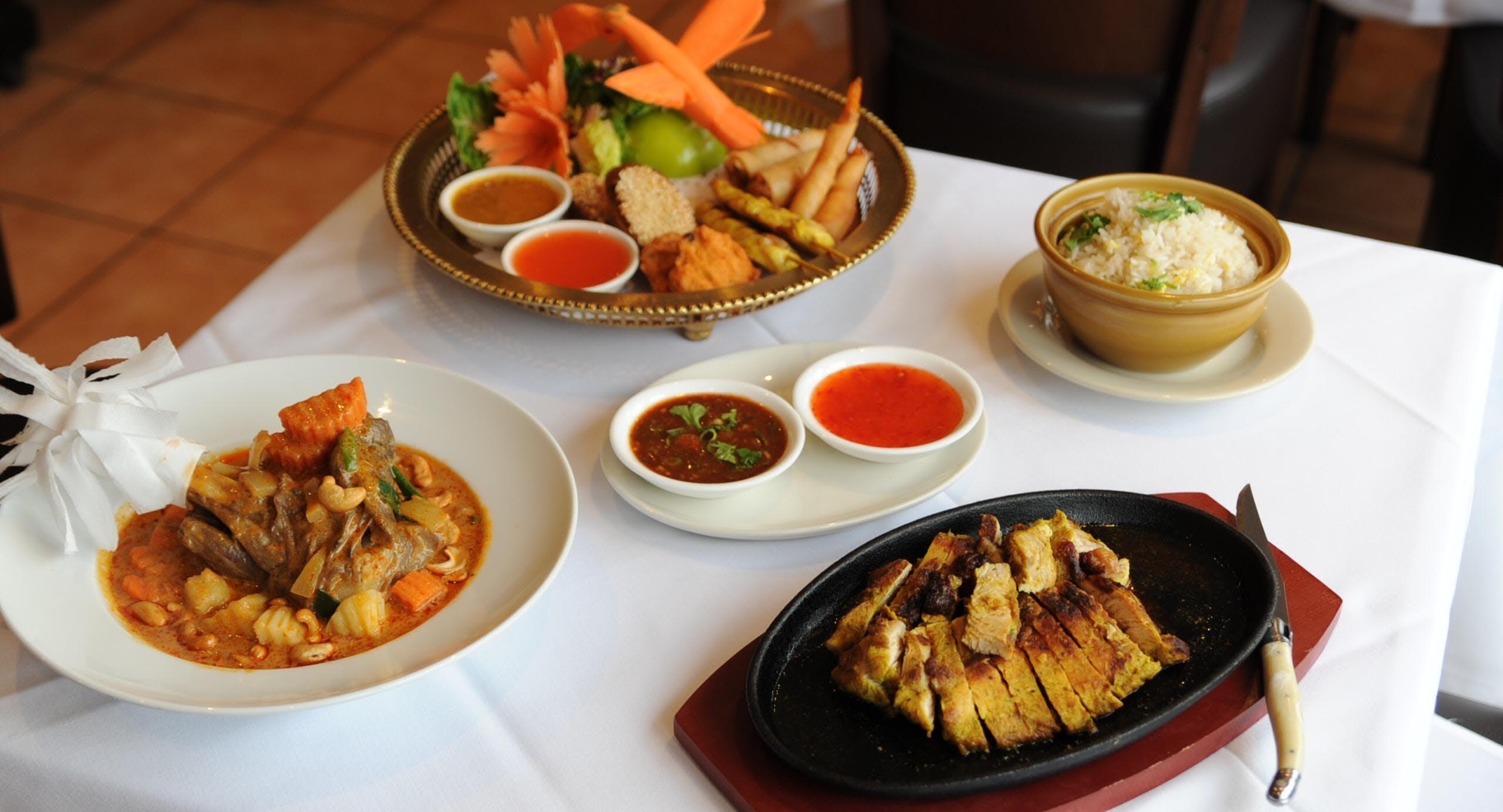 Bangkok Kitchen Thai Restaurant Cheltenham image 3