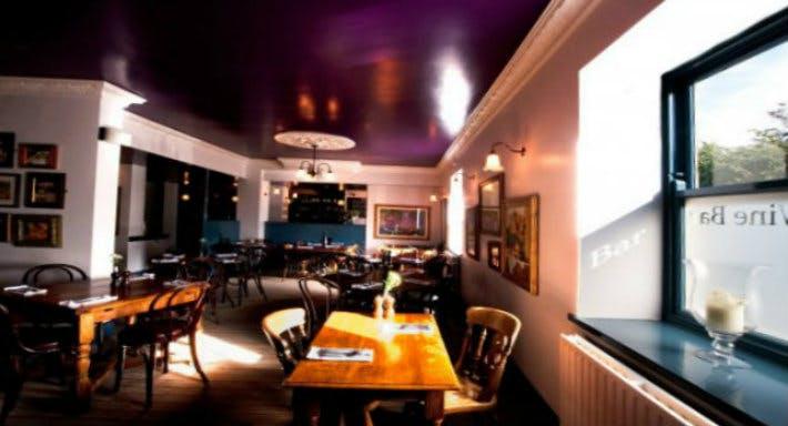 Korks Wine Bar Leeds image 3