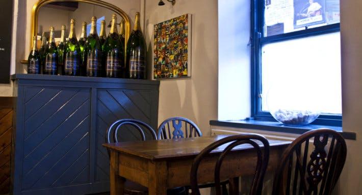 Korks Wine Bar Leeds image 4