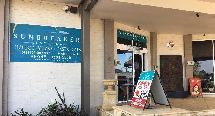Sunbreakers Restaurant