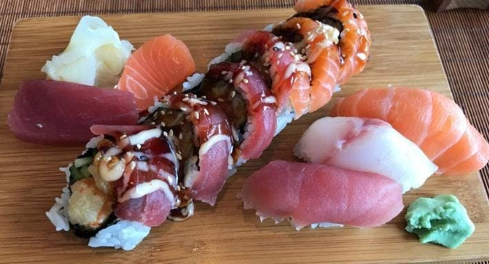 Misaki Sushi Restaurant Hampuri image 3