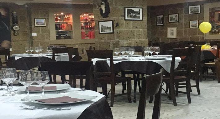 La Taverna Di Bacco Napoli image 2