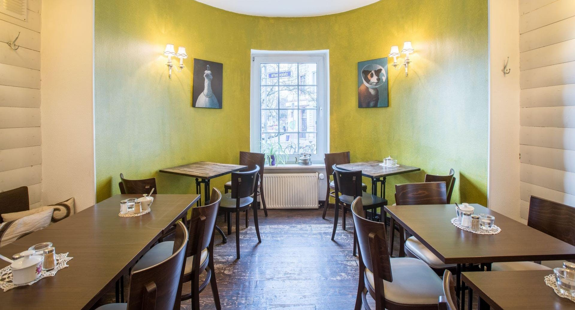 Amélies Wohnzimmer Das Kleine Café In Frankfurt Sachsenhausen