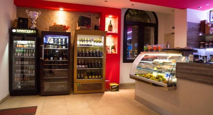 Leo Station Wine Bar Padova image 3