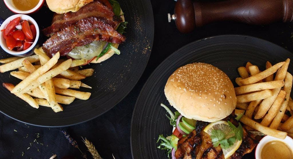 Half Pound Burger Bar & Grill Singapore image 1