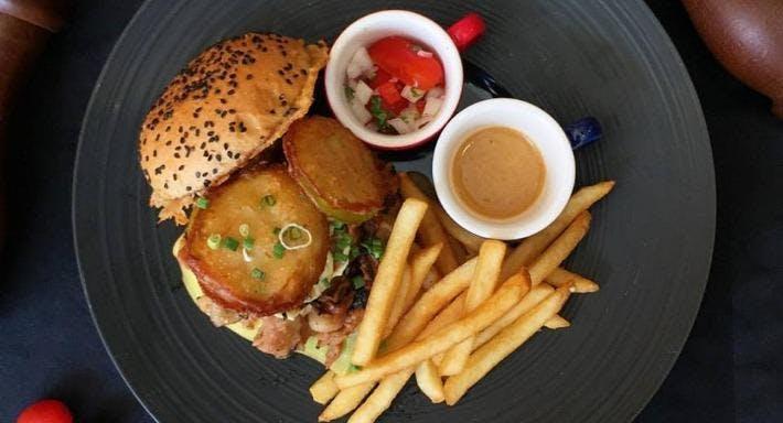 Half Pound Burger Bar & Grill Singapore image 11