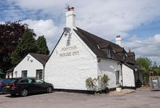Restaurant Ponthir House Inn in Ponthir, Newport