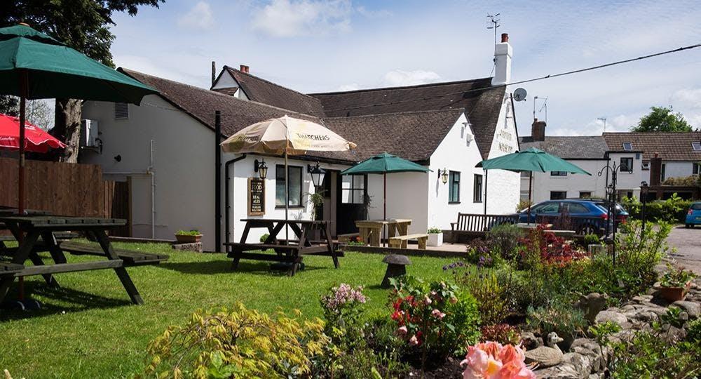Ponthir House Inn Newport image 2
