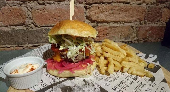 Lyon's Den Gourmet Burger