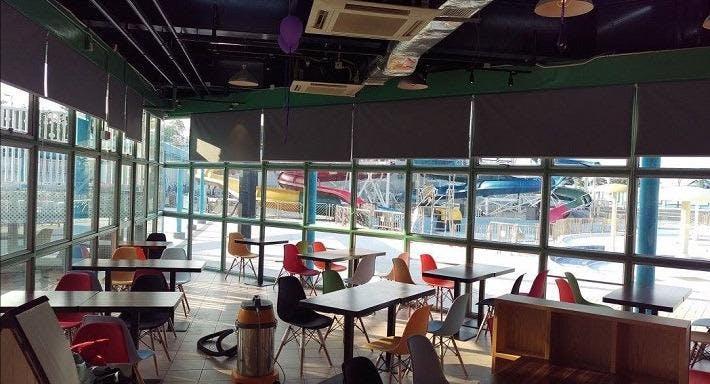 CJ Cafe