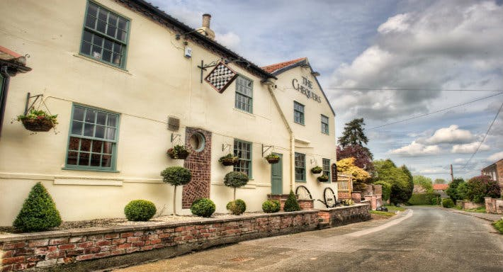 Chequers Inn Wetherby image 4