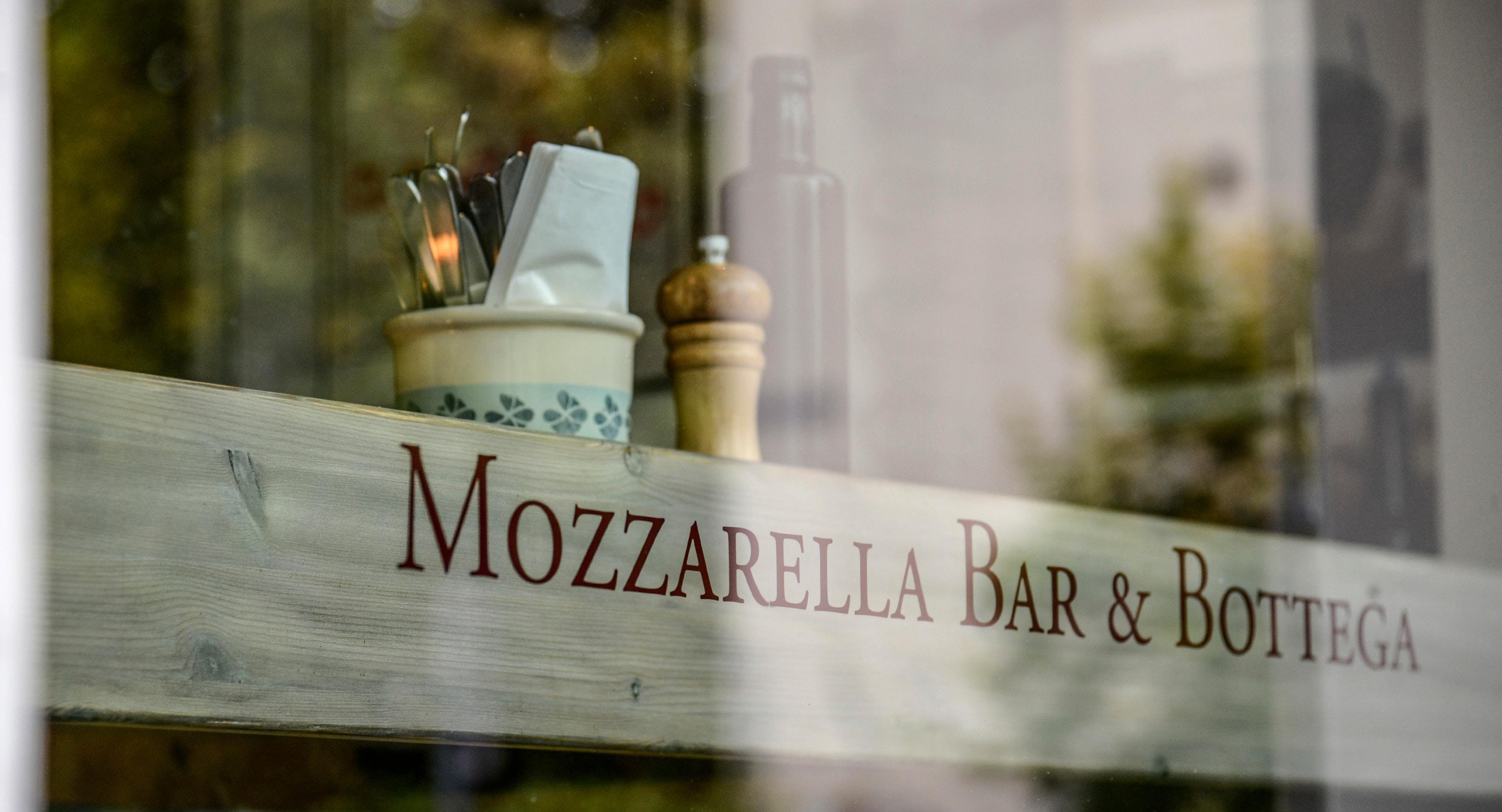 Mozzarella Bar & Bottega