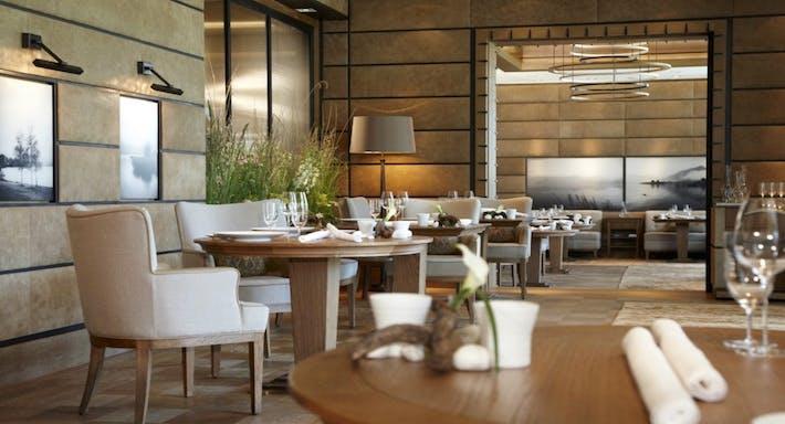 Restaurant Überfahrt München image 2