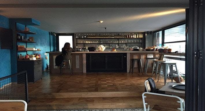 Kafi Mahalle Barı