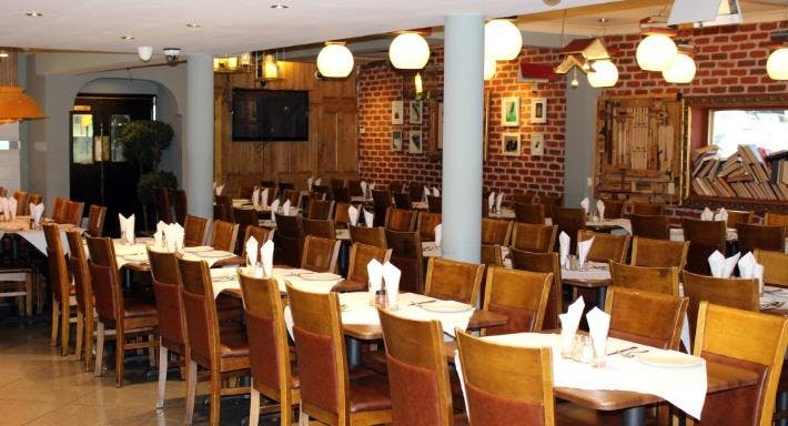 Molana Restaurant - East Sheen London image 2