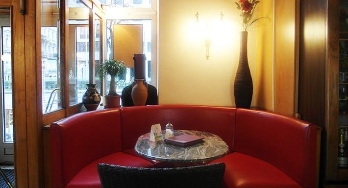Café Maximilian Wien image 3