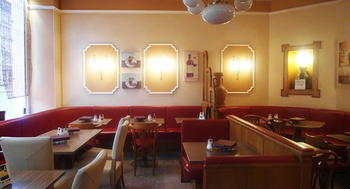 Café Maximilian Wien image 4