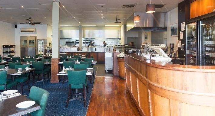 La Zanya's Restaurant & Bar Melbourne image 2