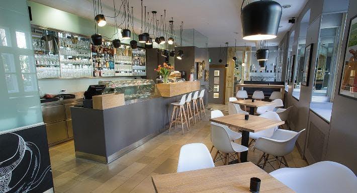 CAFÉ RESTAURANT DEPOT