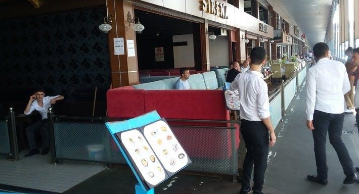 Sirena Cafe & Pub