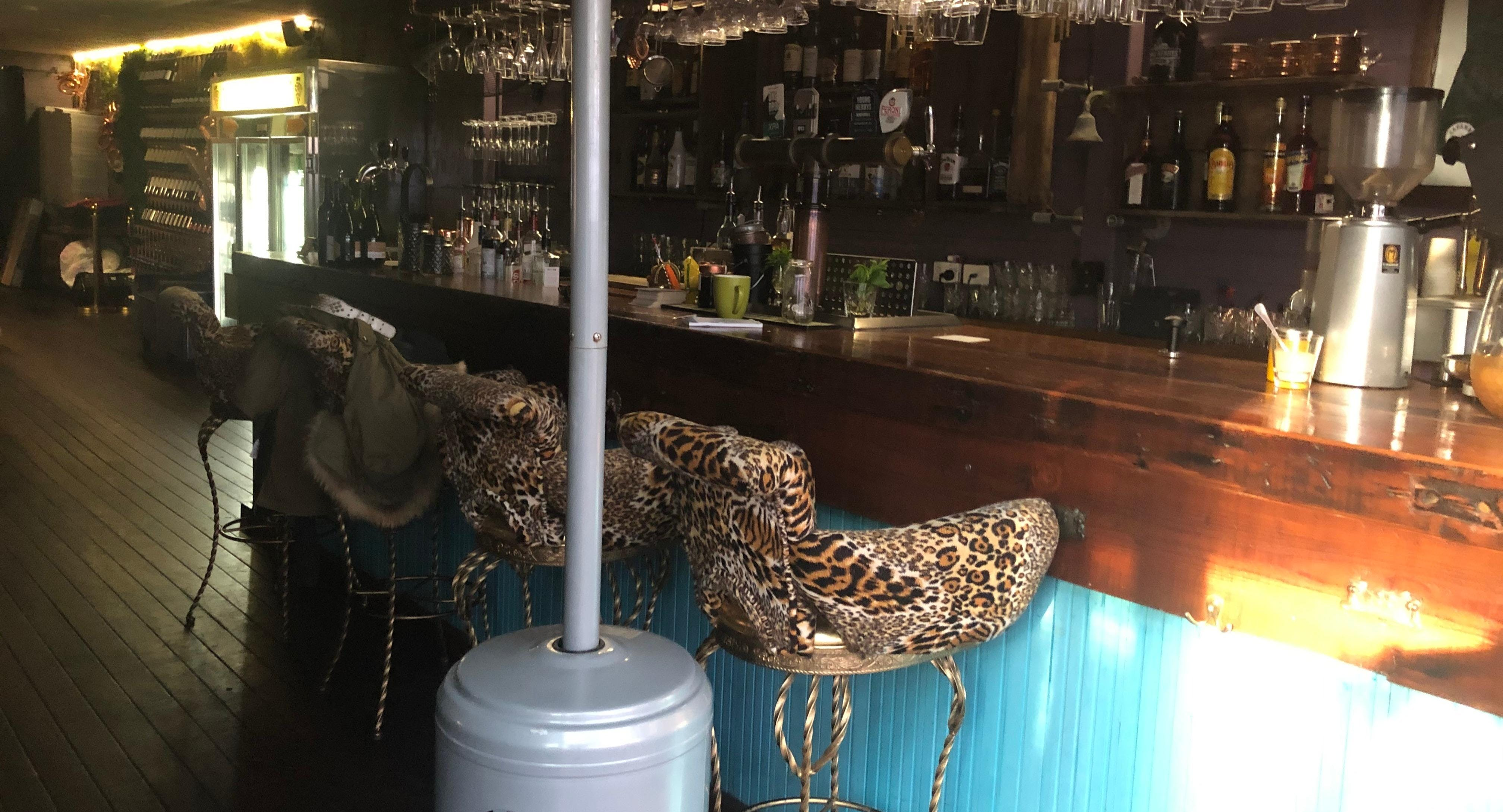 Capanno Trattoria Bar & Grill