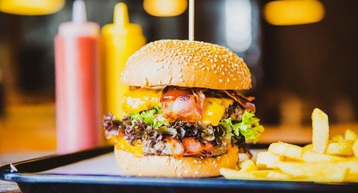 Bear Burger Berlin image 3