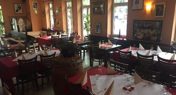 Steppers Restaurant & Lounge Bonn image 2