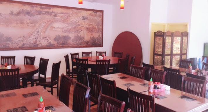 Lucky 8 Chinese & Vietnamese Restaurant