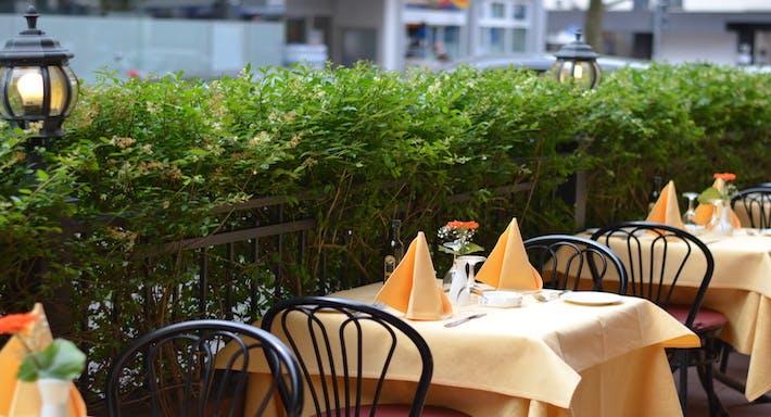 Restaurant Fontana di Trevi Frankfurt image 4
