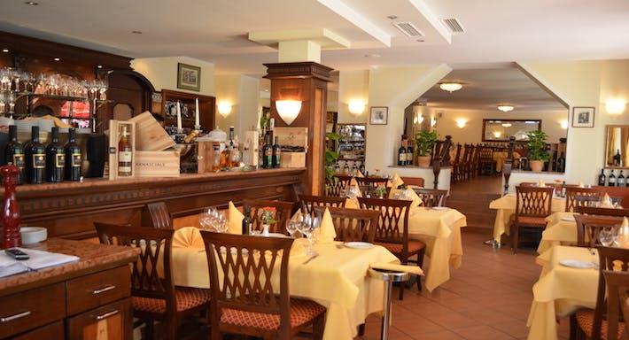 Restaurant Fontana di Trevi Frankfurt image 3