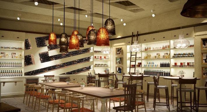 Bakalaki Greek Taverna