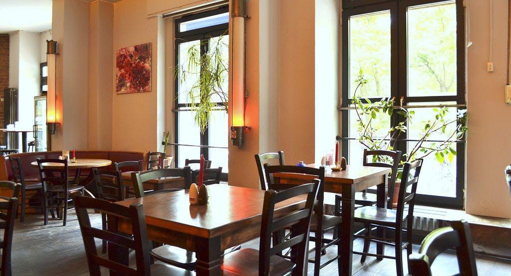 Cafe Rizz Berlin image 1