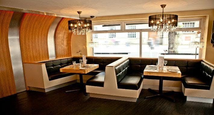 Dempseys Bar and Restaurant Carlisle image 3