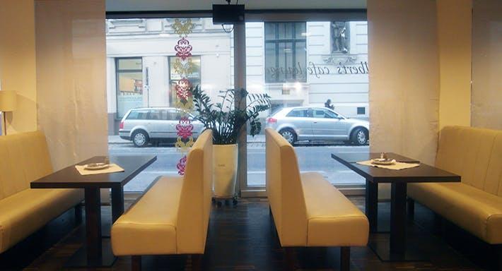 Alberts Café Lounge Wien image 2