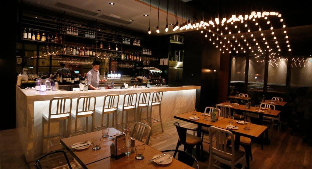 Cafe deco pizzeria sheung wan hong kong tafel reserveren