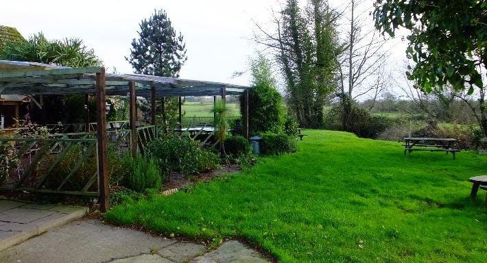 New Harp Inn Hereford image 6