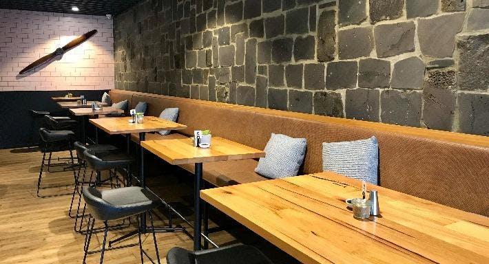 History Cafe Wine Bar & Grill Melbourne image 3