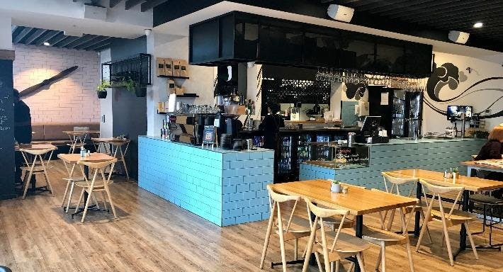 History Cafe Wine Bar & Grill Melbourne image 1