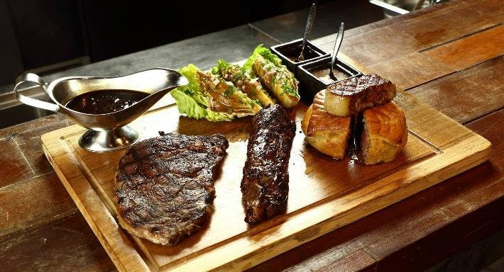 Bar-Roque Grill