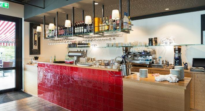 Restaurant Haus am Rhein Düsseldorf image 3