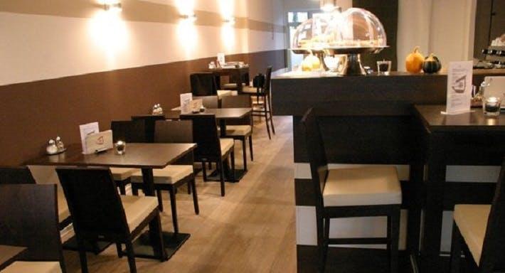Jules Coffee Köln image 2