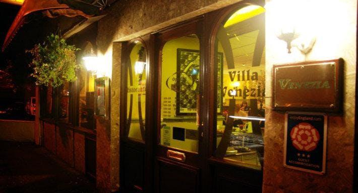 Villa Venezia Birkenhead image 2