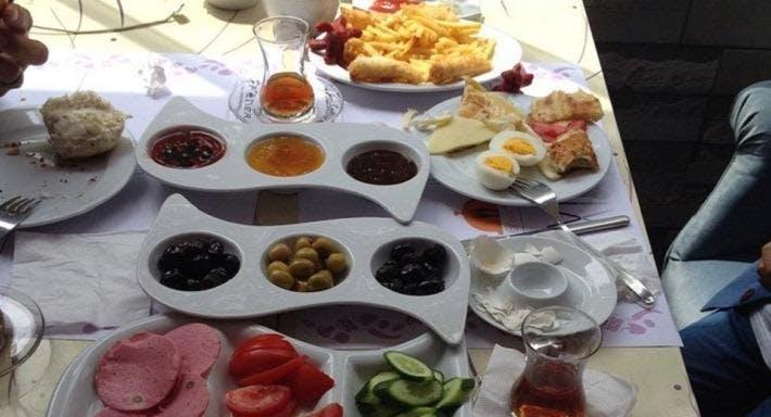 Violet Cafe & Restaurant İstanbul image 3
