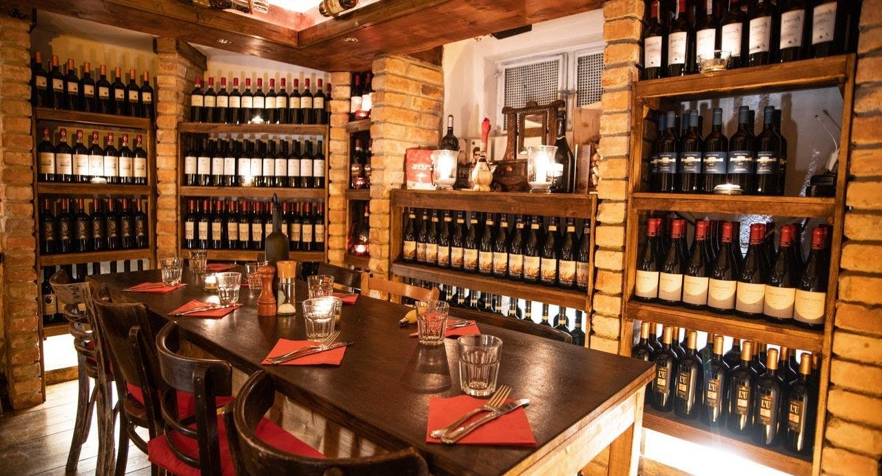 Dal Contadino Wine Bar