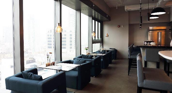 Doux - Dessert Bar & Restaurant Hong Kong image 2